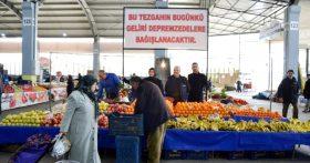 Çanakkaleli pazarcı geliri depremzedelere bağışladı